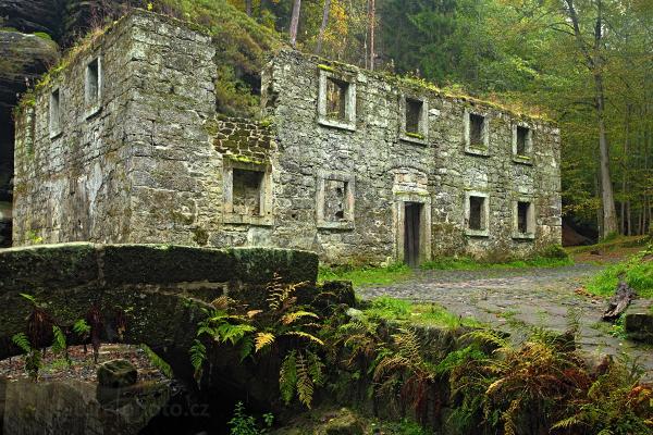 Ruiny, které snad ruinami zůstanou