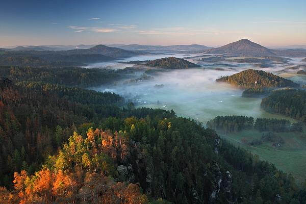 Jetřichovice v ranní mlze