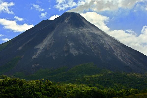 Arenal (1657 m), Kostarika